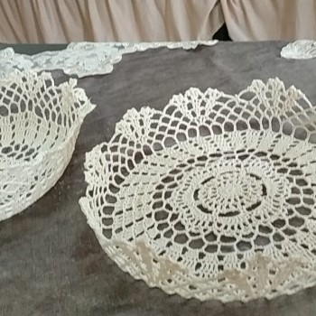 Crocheted dish