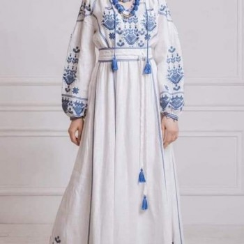 Embroidery dress